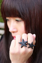 Black-crosswoodstore-ring