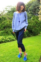 sky blue loose Wood Wood sweater - navy cropped Forever 21 pants