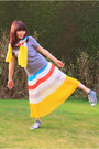 Heather-gray-lace-up-converse-sneakers-yellow-chiffon-crosswoodstore-scarf
