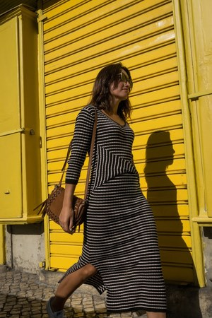 light brown Mango bag - navy Springfield dress - dark brown Mango sunglasses
