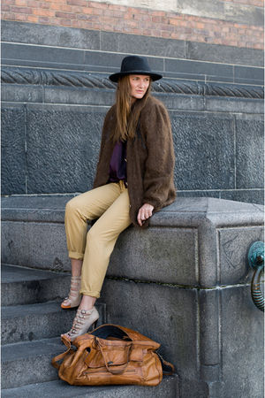 pieces bag - Pendleton hat - second hand pants - second hand cardigan - Stine Go