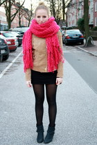 hot pink Urban Outfitters scarf - black Bianco boots - camel Mango jacket