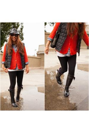 black rain boots kate spade boots - blue plaid shirt Theory shirt