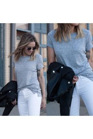 silver grey tee Gap t-shirt