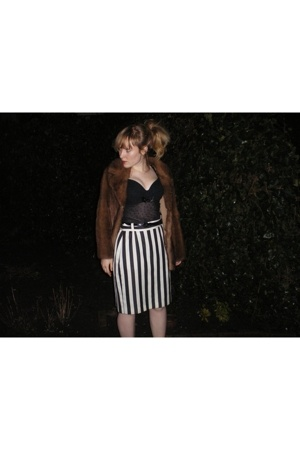 coat - intimate - skirt