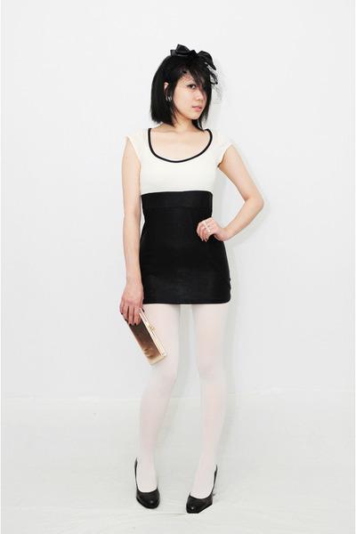 white Silence & Noise dress - dark brown calvin klein shoes - gold vintage purse