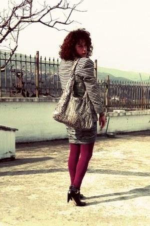 black caro vintage blazer - purple ankle boots chaniotakis boots