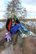 Black Milk leggings - wool Haldin cardigan - Jeremy Scott sneakers