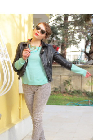 black Bershka jacket - aquamarine Bershka blouse - beige H&M pants