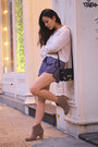 Print-sporty-forever21-shorts-autumn-ash-boots