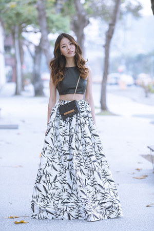 White Maxi Skirt Skirt - How to Wear and Where to Buy | Chictopia