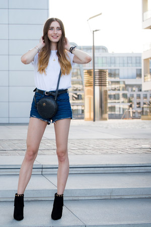 black Buffalo boots - black aigner bag - navy H&M shorts - white t-shirt