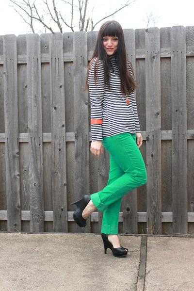 Aquamarine Green Color Loft Pants, Carrot Orange H&M Bracelets ...
