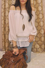 Brown-boots-white-blouse