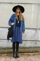 Zara hat - vintage Levis jacket - Mango sweater - Mango bag - Zara skirt
