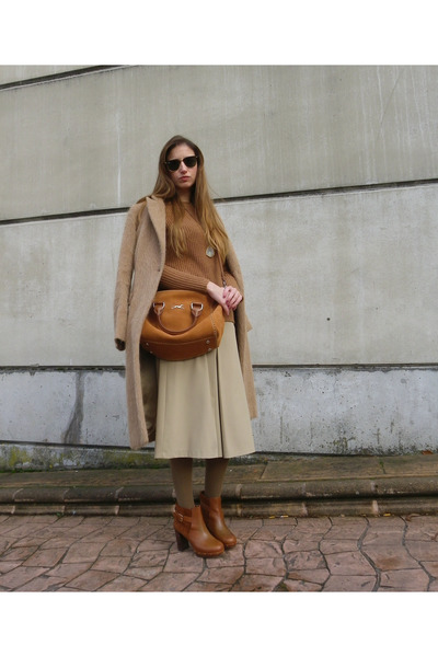 Bimba & Lola bag - Massimo Dutti boots - Mango sweater