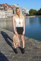 peach spell bag - black San Marina boots - dark gray Zara skirt