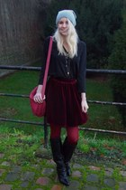 ruby red American Apparel skirt - black Sacha boots - heather gray H&M hat