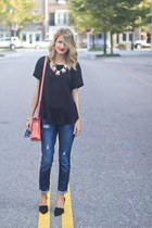 girly 5th and Elm necklace - boyfriend Gap jeans - cynthia rowley bag