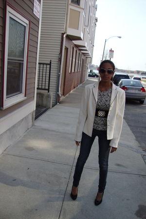 Anne Taylor blazer - H&M sunglasses