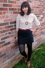 Beige-vintage-blouse-black-urban-outfitters-skirt-brown-vintage-shoes-red-