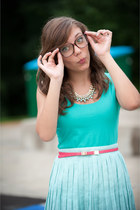 pink tortoiseshell glasses - light yellow pumps - light blue pleated skirt
