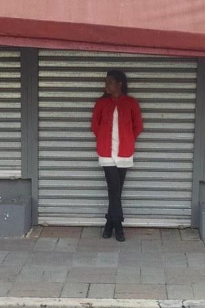 black Rico Jeans pants - cream xhilaration dress - ruby red pull&bear shirt