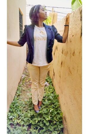 navy La Seala blazer - white Zara t-shirt - cream I Love H81 pants