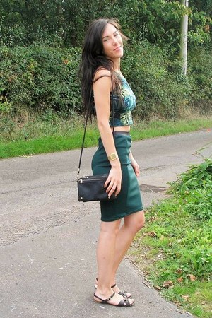 forest green Primark skirt - dark green American Apparel top