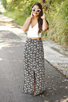 black skirt - white cropped Zara top