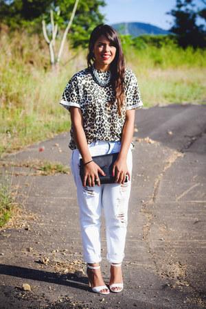 black clutch Zara bag - tan Zara top