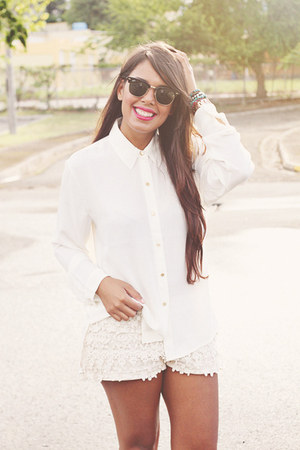 off white lace Zara shorts - ivory Forever 21 top