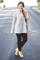 black Zara leggings - camel ankle boots - white oversized Zara sweater