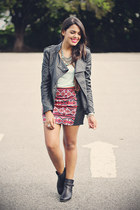 coral aztec print PacSun skirt - black leather Forever 21 jacket
