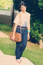 camel shoulder bag Zara bag - navy Zara pants - beige graphic tee Zara t-shirt