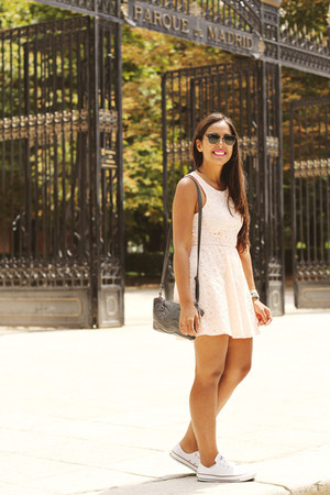 light pink lace kirra dress