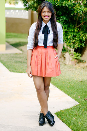 white Old Navy shirt - black Forever 21 wedges - carrot orange Zara skirt