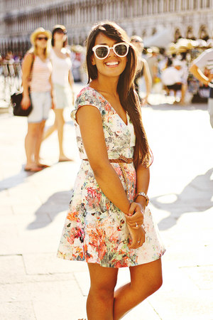 light pink floral Zara dress