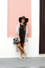 Black-brandy-melville-dress-black-forever-21-hat
