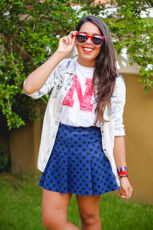navy polka dot Zara skirt - ruby red Sunglass Warehouse sunglasses