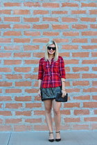 dark gray kohls skirt - red Old Navy top - black studded Sole Society pumps