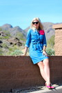 Sky-blue-denim-old-navy-dress-hot-pink-rockstud-torrid-heels