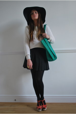 bow neck vintage shirt - green leather Zara bag - pleated Zara skirt