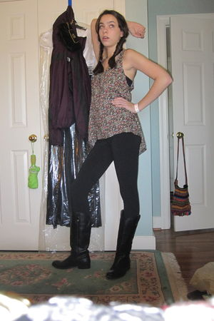 patterson j kincaid blouse - Velvet leggings - Frye boots