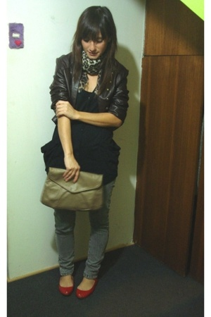 Wannama jeans - Topshop t-shirt - jacket - vintage purse - Paruolo shoes - vinta