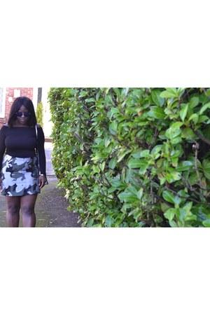 black new look shoes - silver Zara bag - blue asos sunglasses - black asos top