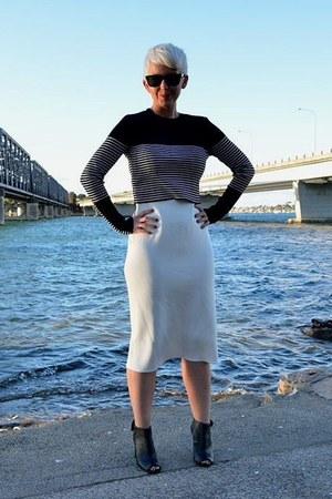 ivory Zara skirt