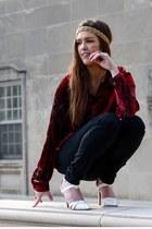 white tildon heels - black Urban Outfitters jeans - crimson vintage shirt
