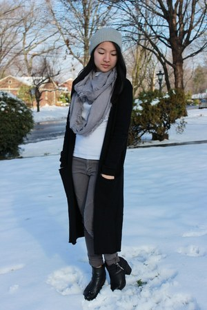 H&M cardigan - Nordstrom scarf - Uniqlo top - H&M pants