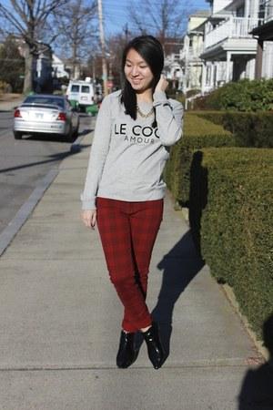 Zara boots - Zara pants - Mango sweatshirt